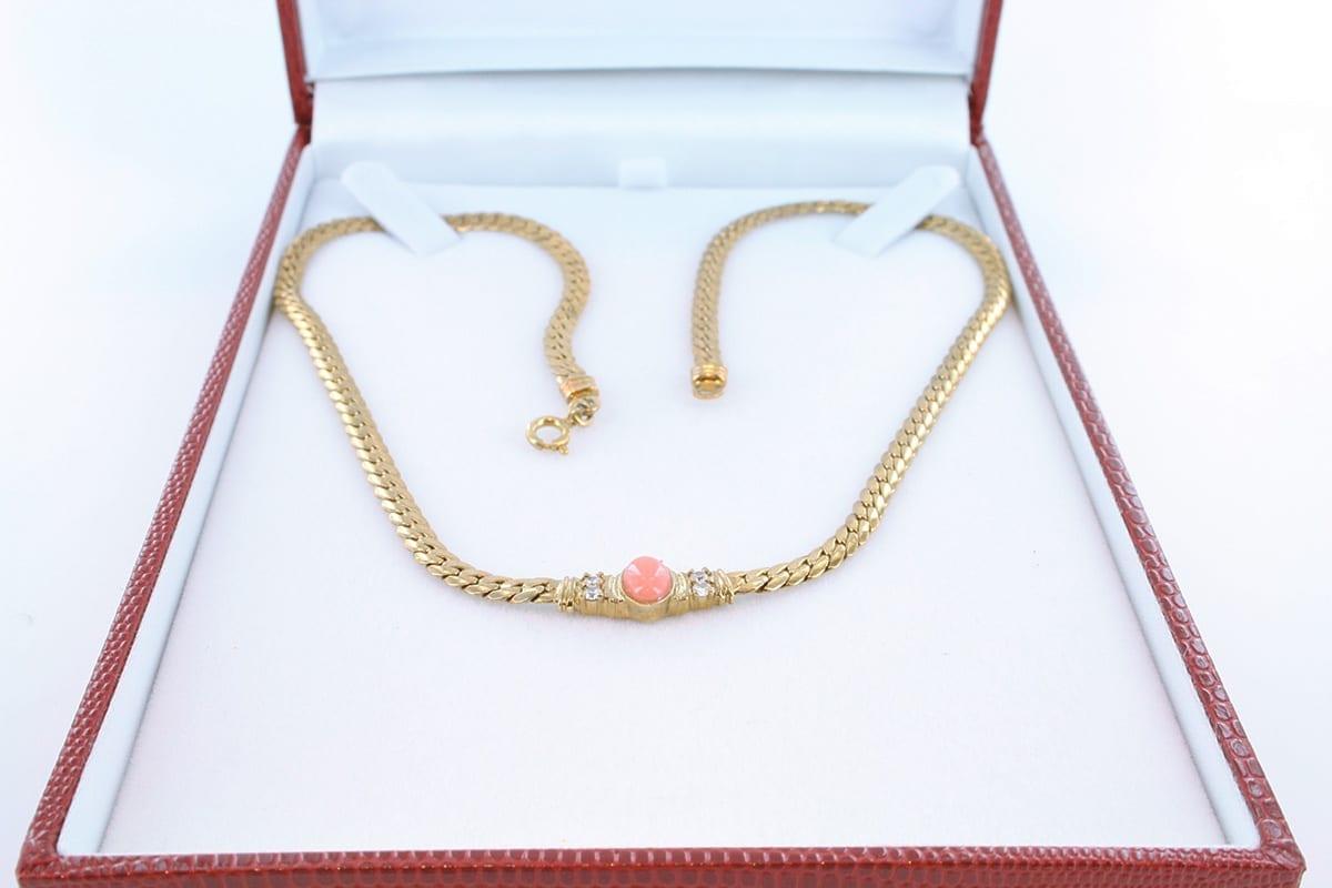 Collier en corail rose et plaqué or 003