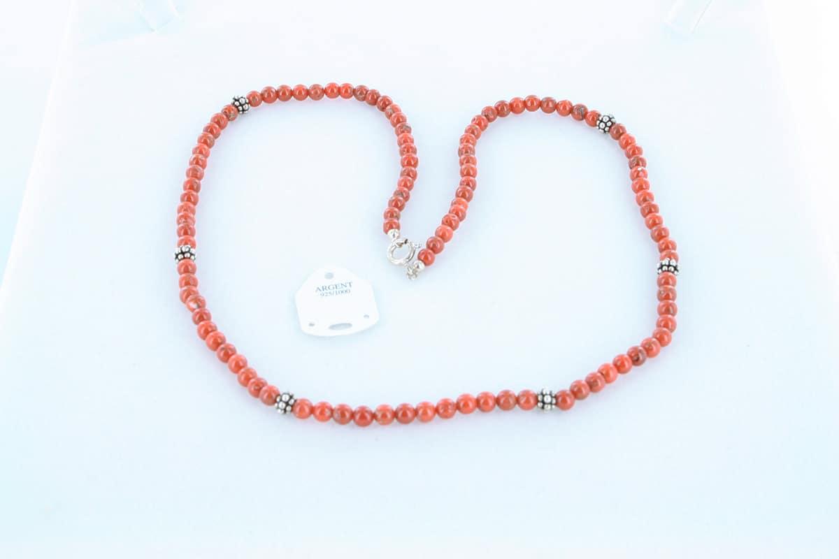 Collier en corail rouge véritable de Méditerranée 040