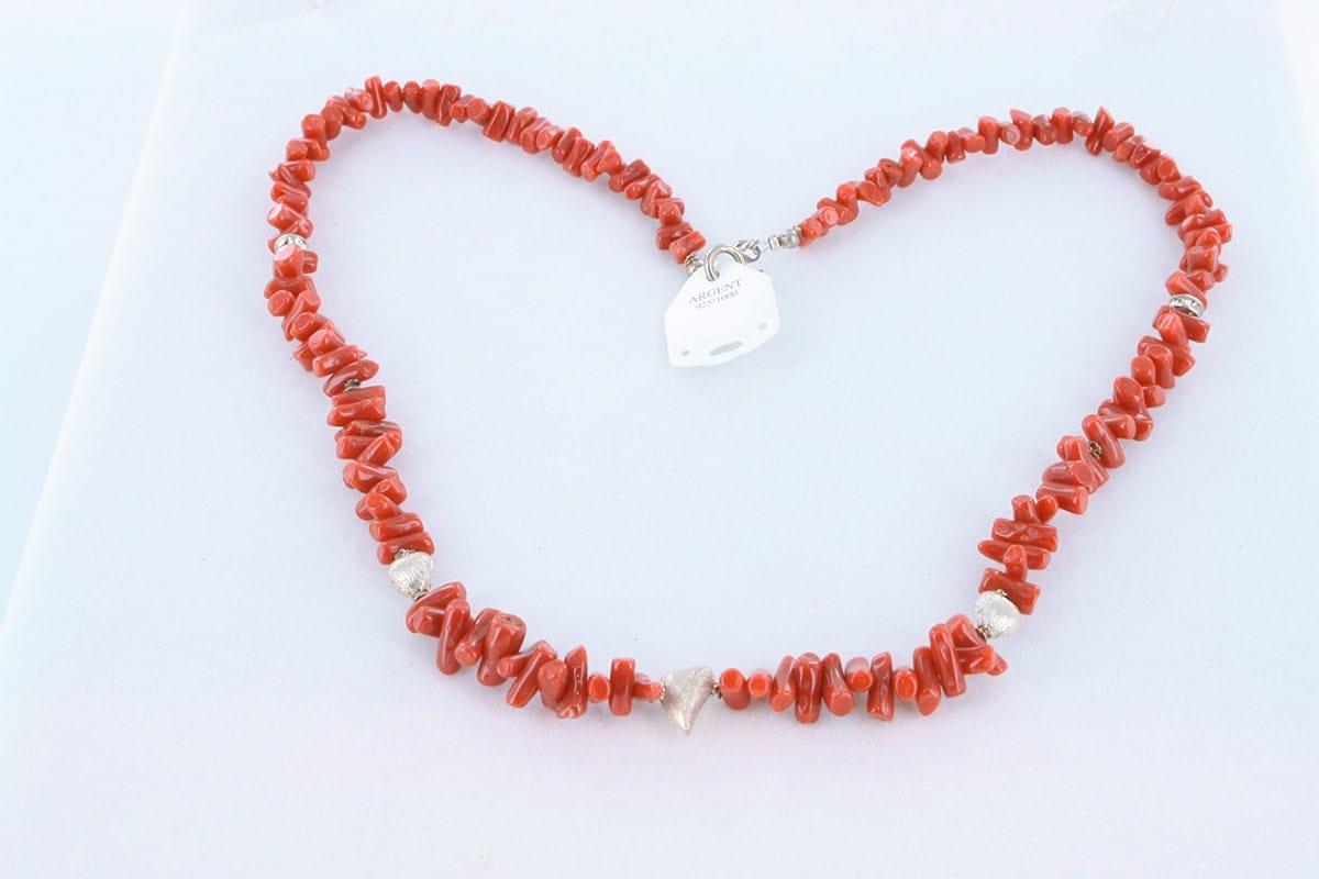 Collier en corail rouge véritable de Méditerranée 051