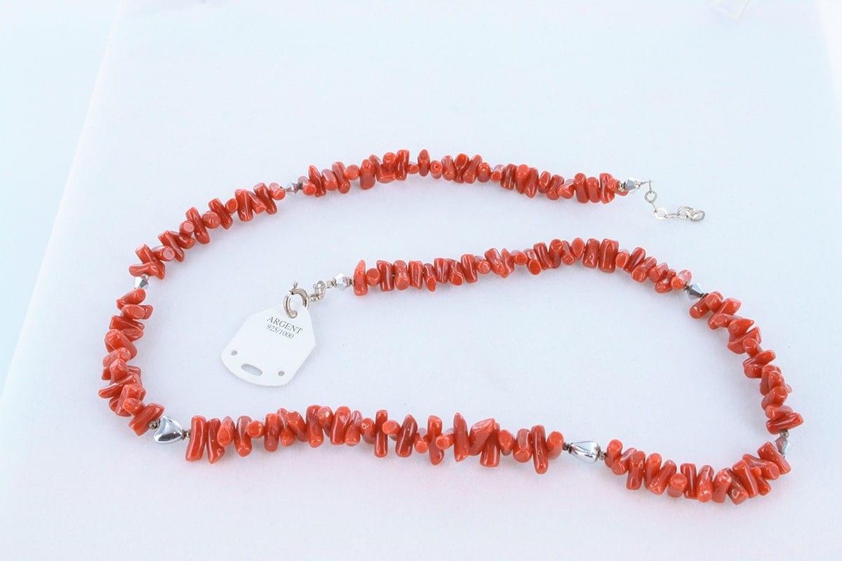 Collier en corail rouge véritable de Méditerranée 052