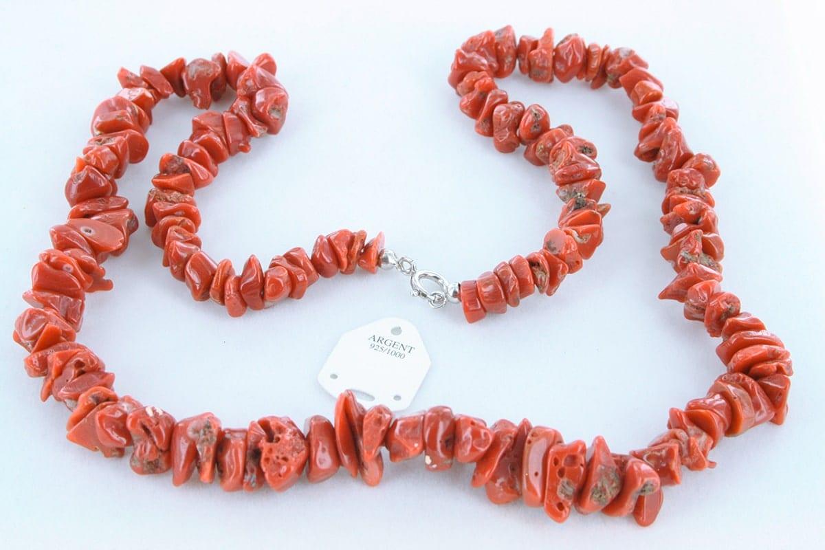 Collier en corail rouge véritable de Méditerranée 058