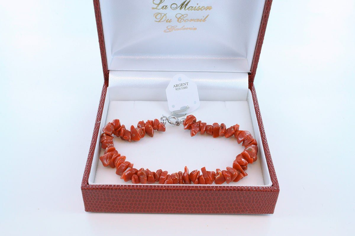 Bracelet en corail rouge véritable de Méditerranée et argent 925 par 1000 BR-CO-AR-002