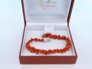 Bracelet en corail rouge véritable de Méditerranée et argent 925 par 1000 BR-CO-AR-009