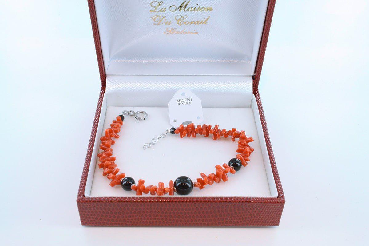 Bracelet en corail rouge véritable de Méditerranée et argent 925 par 1000 BR-CO-AR-014