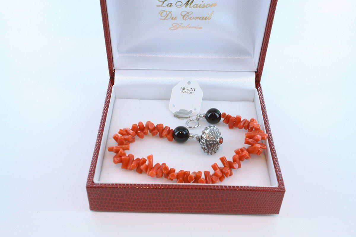 Bracelet en corail rouge véritable de Méditerranée et argent 925 par 1000 BR-CO-AR-020