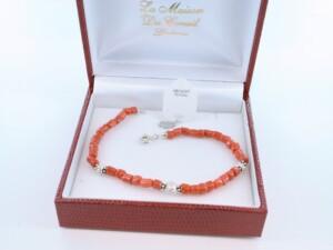 Bracelet en corail rouge véritable de Méditerranée et argent 925 par 1000 BR-CO-AR-023