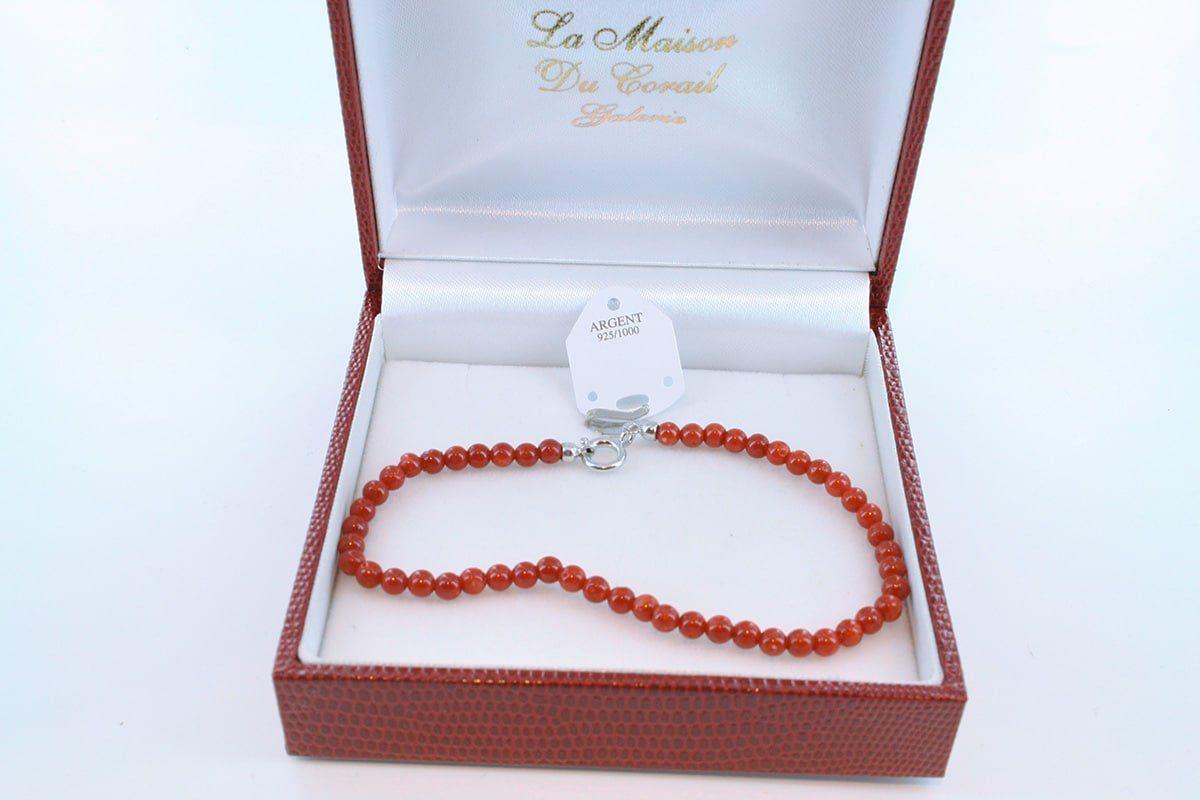 Bracelet en corail rouge véritable de Méditerranée et argent 925 par 1000 BR-CO-AR-032