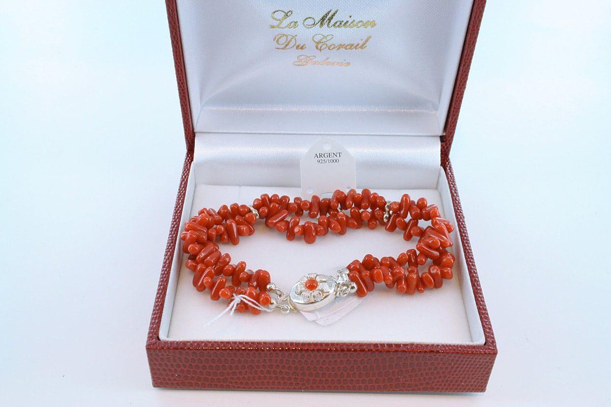 Bracelet en corail rouge véritable de Méditerranée et argent 925 par 1000 BR-CO-AR-037