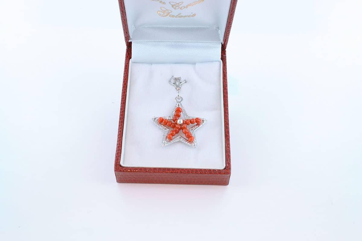 pendentif en corail rouge et argent 925 par 1000 PE-CO-AR-003