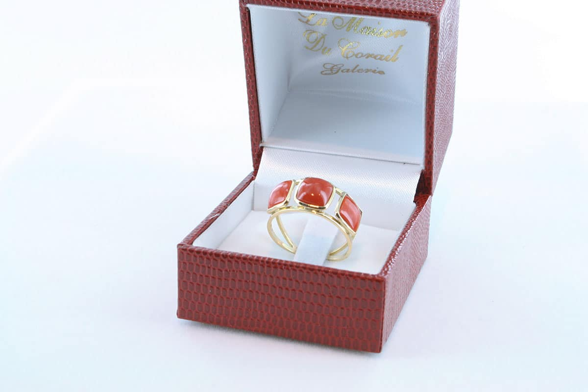 Bague corail rouge et or 750 par 1000 BA-CO-OR-003