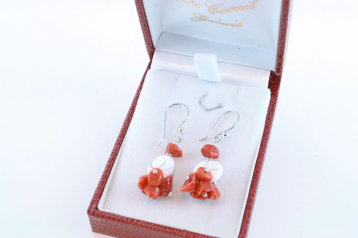 boucles-d-oreilles-en-corail-rouge-et-argent-950-par-1000-BO-CO-AR-3005