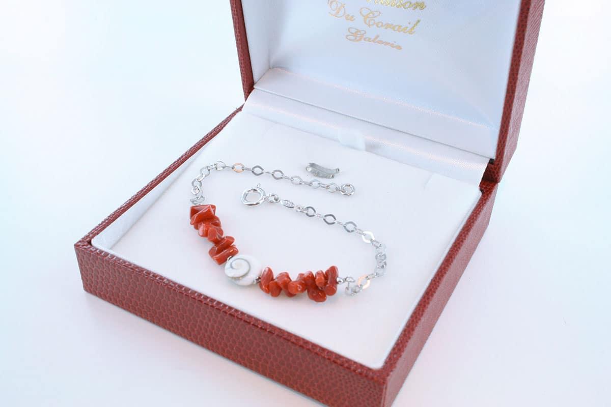 Bracelet en corail rouge véritable de Méditerranée et argent 925 par 1000 BR-CO-AR-059