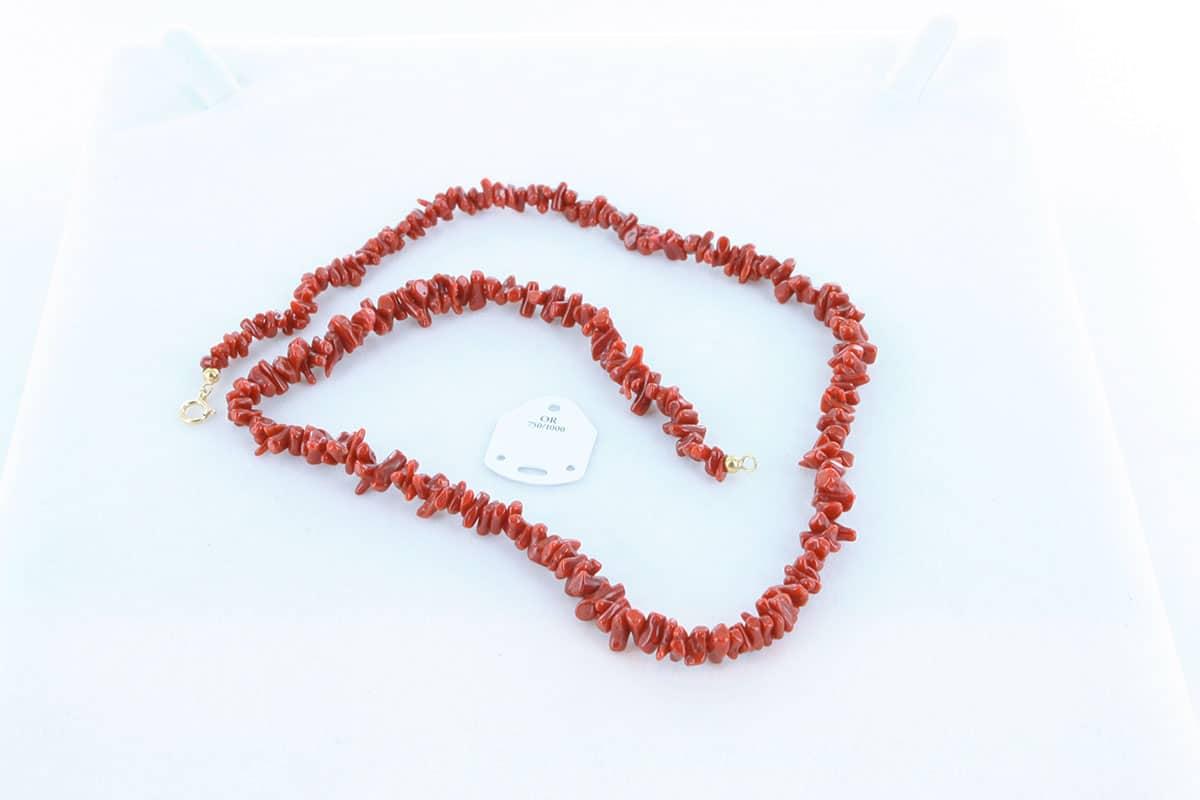 Collier en corail rouge et or 750 par 1000 CO-CO-OR-004