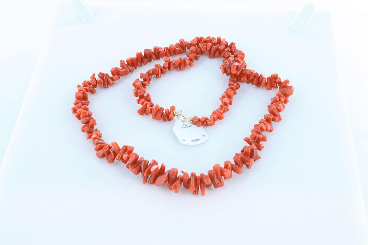 Collier en corail rouge et or 750 par 1000 CO-CO-OR-005