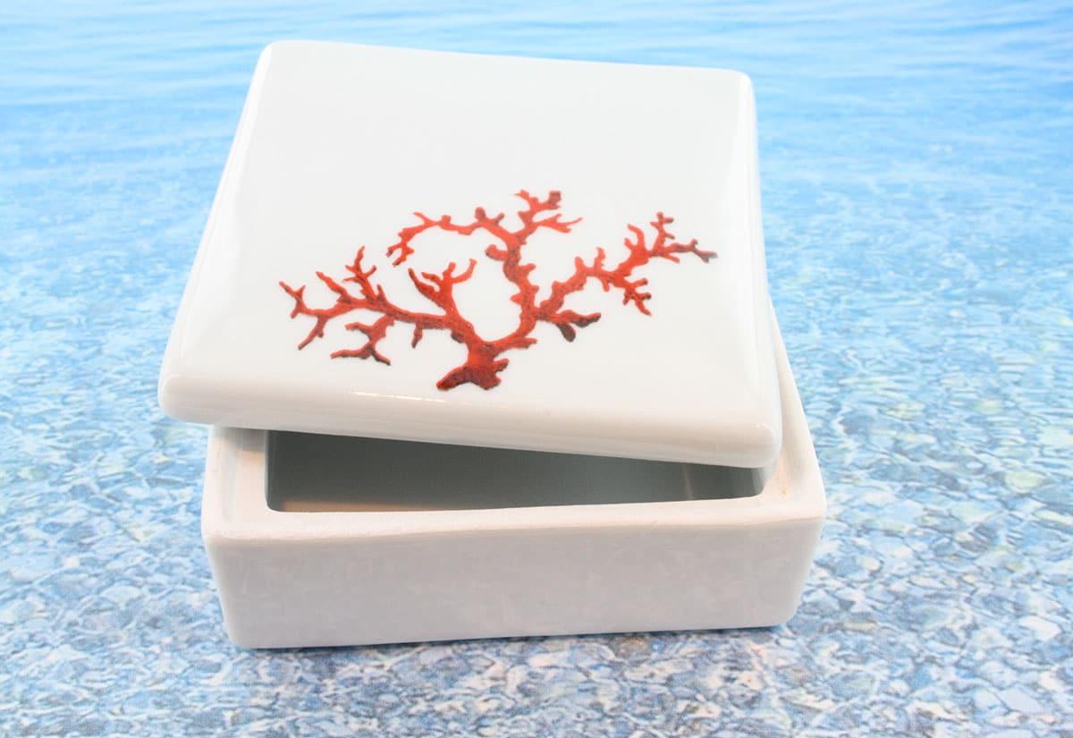 Coffret en porcelaine blanche décor corail PO-BL-CO-003 corail PO-BL-CO-002